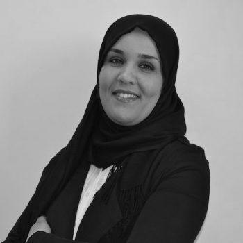 Dalila Belaidi - Assistante aux ressources humaines - noir et blanc